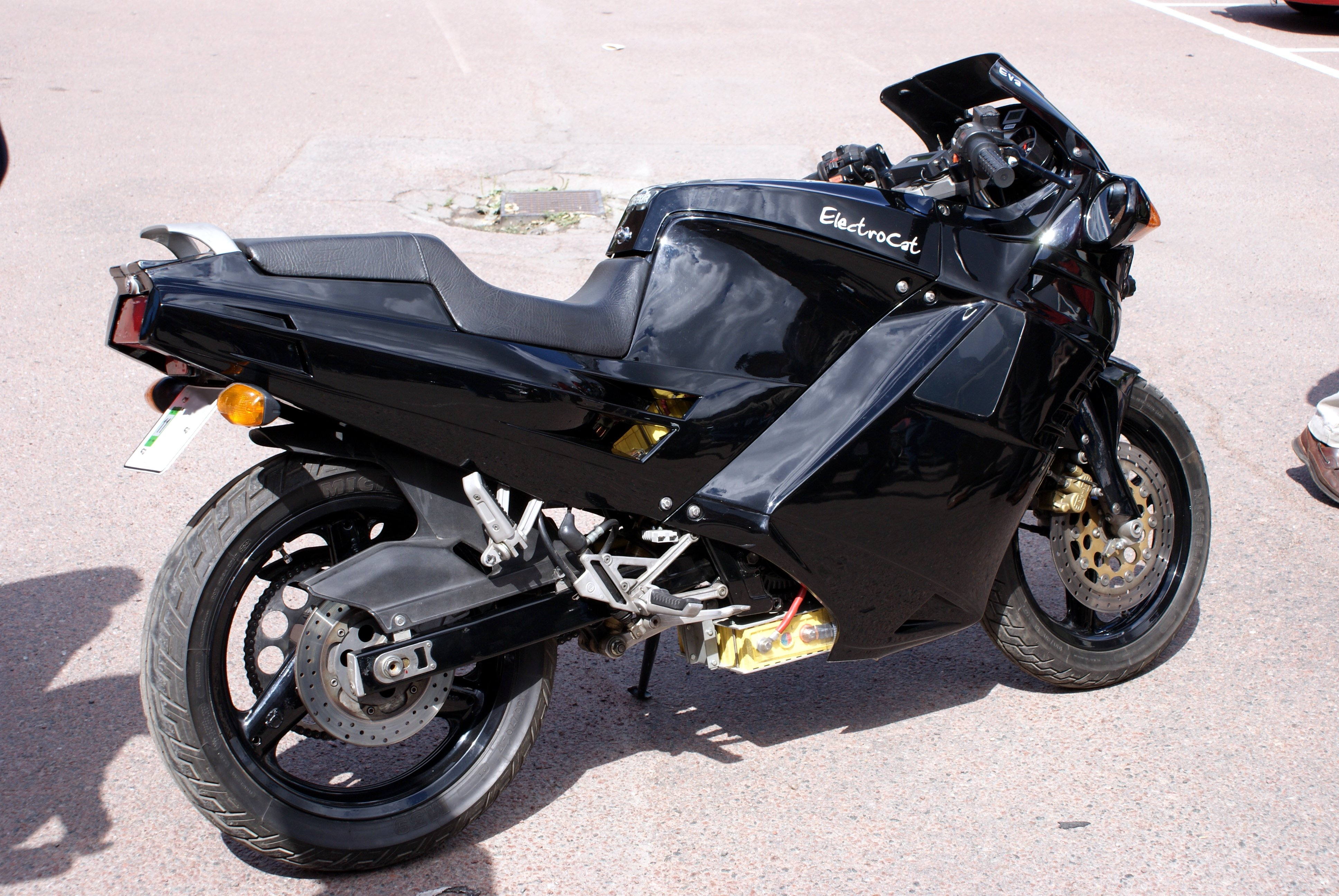 Electrocat_-_electric_motorcycle